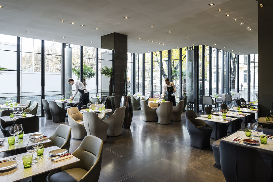 Pullman Paris Tour Eiffel **** FRAME Restaurant
