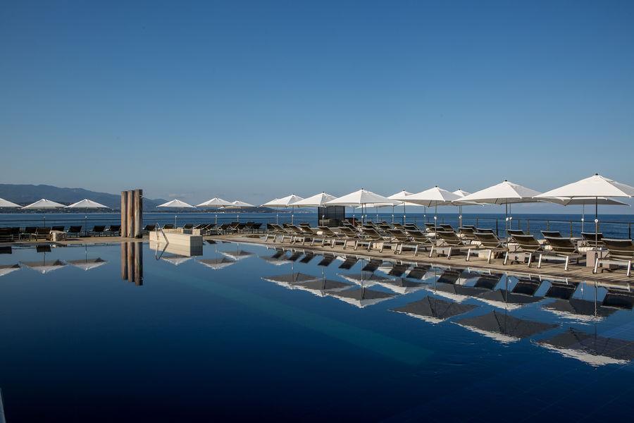 Sofitel Golfe d'Ajaccio Thalassa Sea & Spa ***** Piscine extérieure chauffée