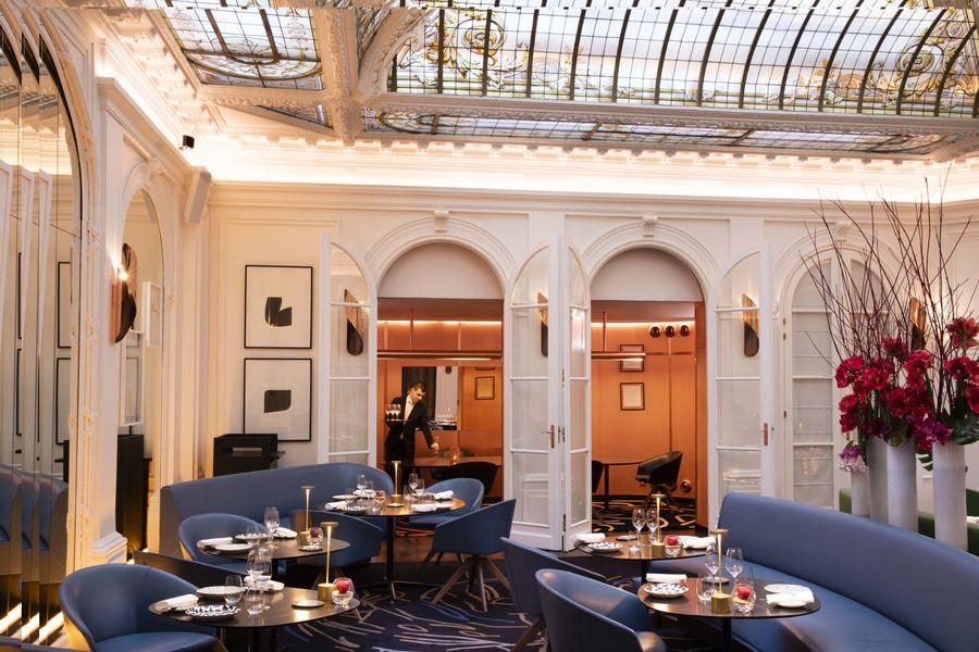Hôtel Vernet ***** Restaurant le V & Iconic room