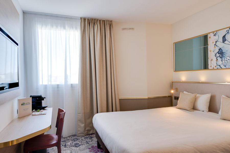 Brit Hotel Orléans St Jean de Braye - L'Antarès *** Chambre Confort DB