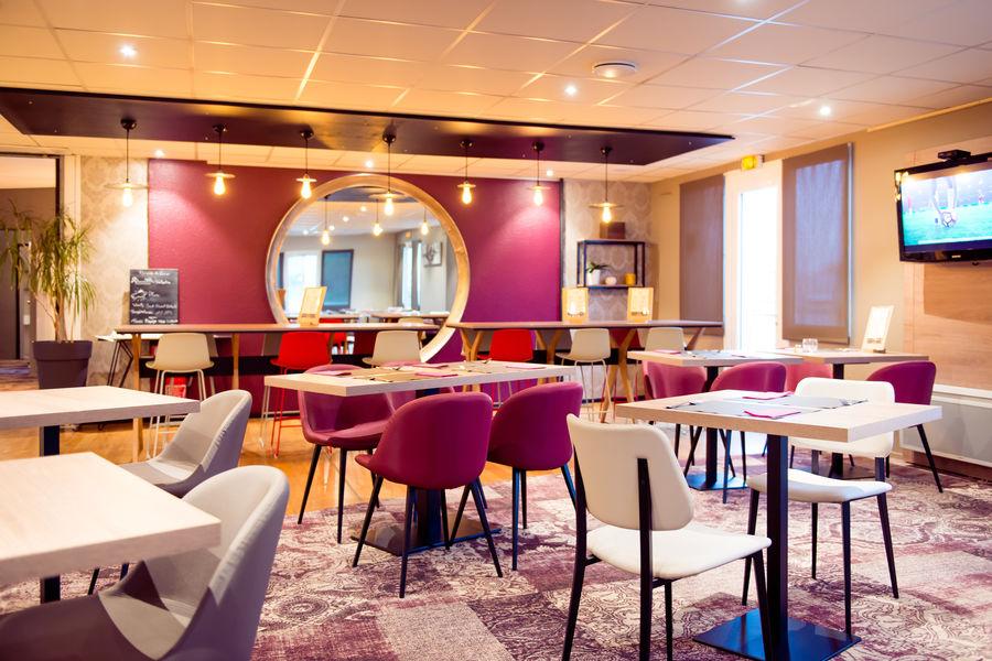 Brit Hotel Brest Le Relecq Kerhuon *** Salle restaurant