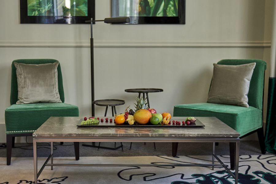 Hôtel Edouard 7 **** Suite Emeraude - pause fruits