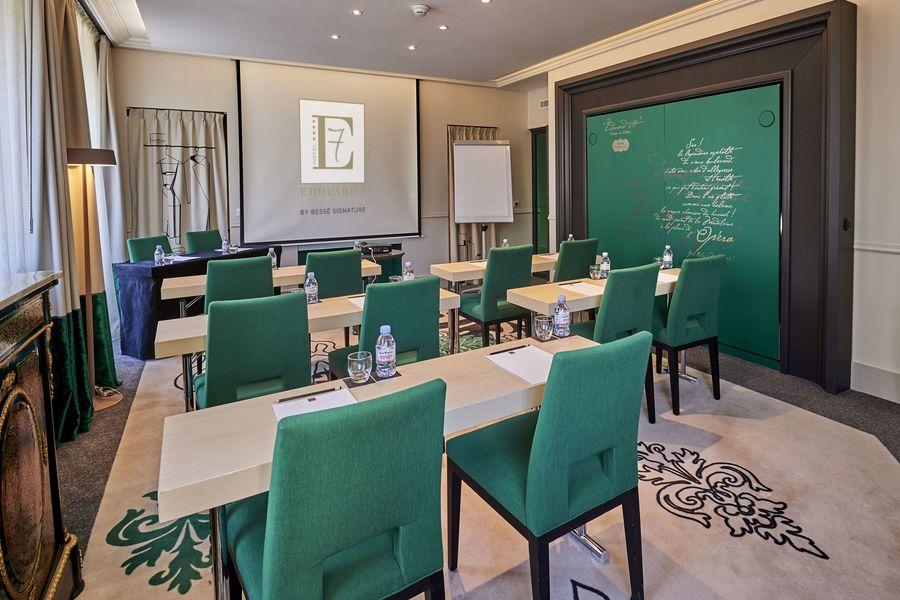 Hôtel Edouard 7 **** Suite Emeraude - format Classe