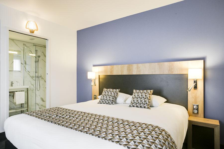 Brit Hotel Loches Chambre double du Brit Hotel Loches