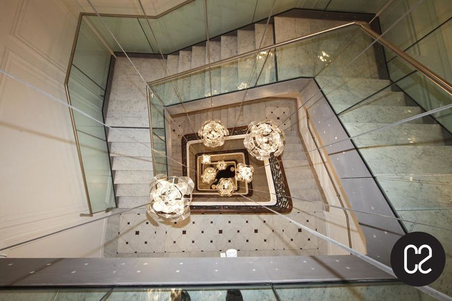C2 Hôtel ***** Escalier