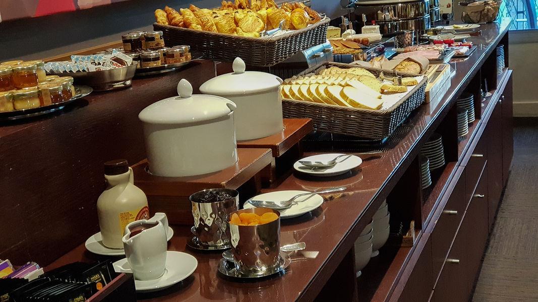 Splendid Hôtel *** Annecy Buffet petit déjeuner
