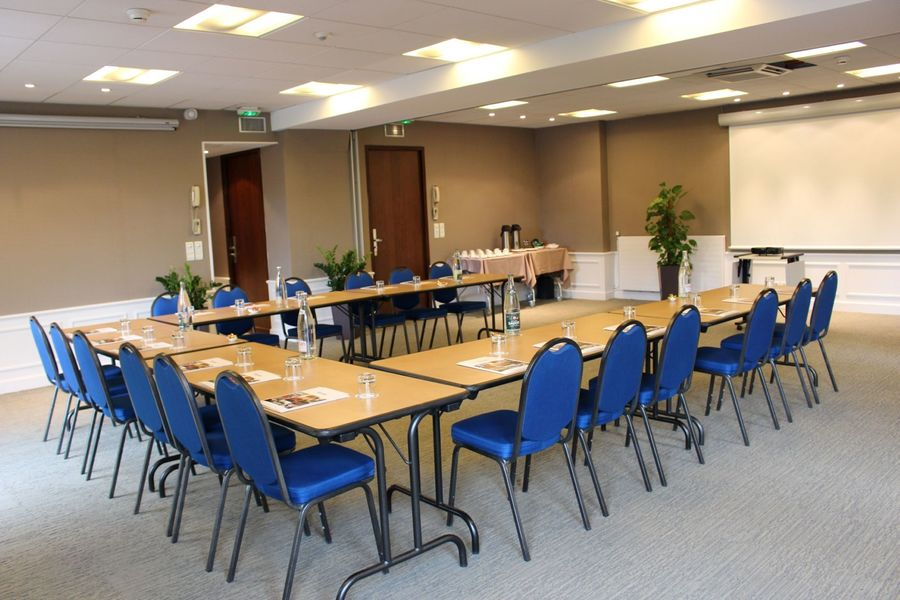 Splendid Hôtel *** Annecy Salle de réunion en U