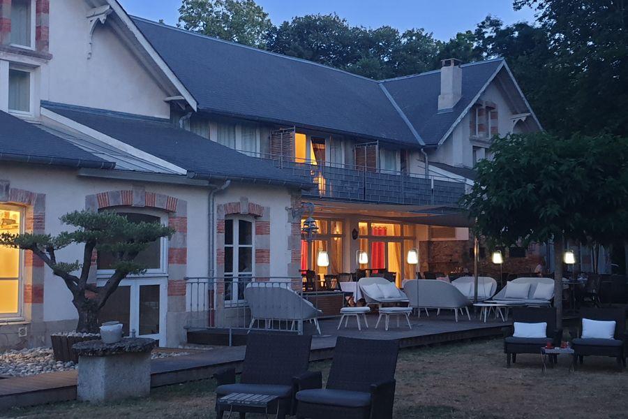 Pavillon du Chateau **** Terrasse