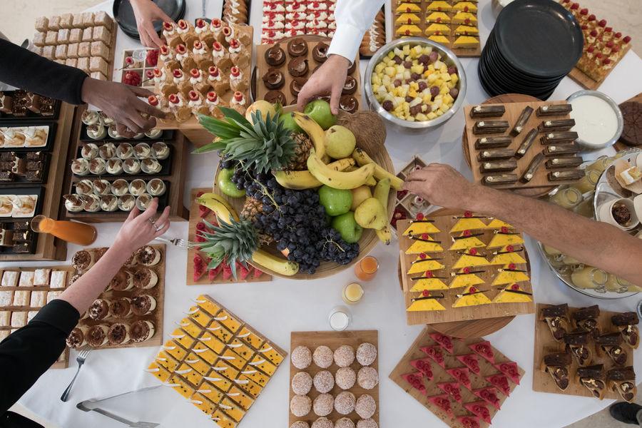 Les Îles Paul Ricard - Hôtel Hélios Embiez **** Buffet desserts