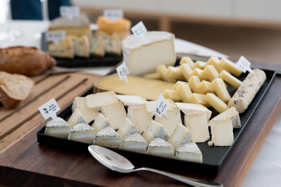 Les Îles Paul Ricard - Hôtel Hélios Embiez **** Buffet de fromages