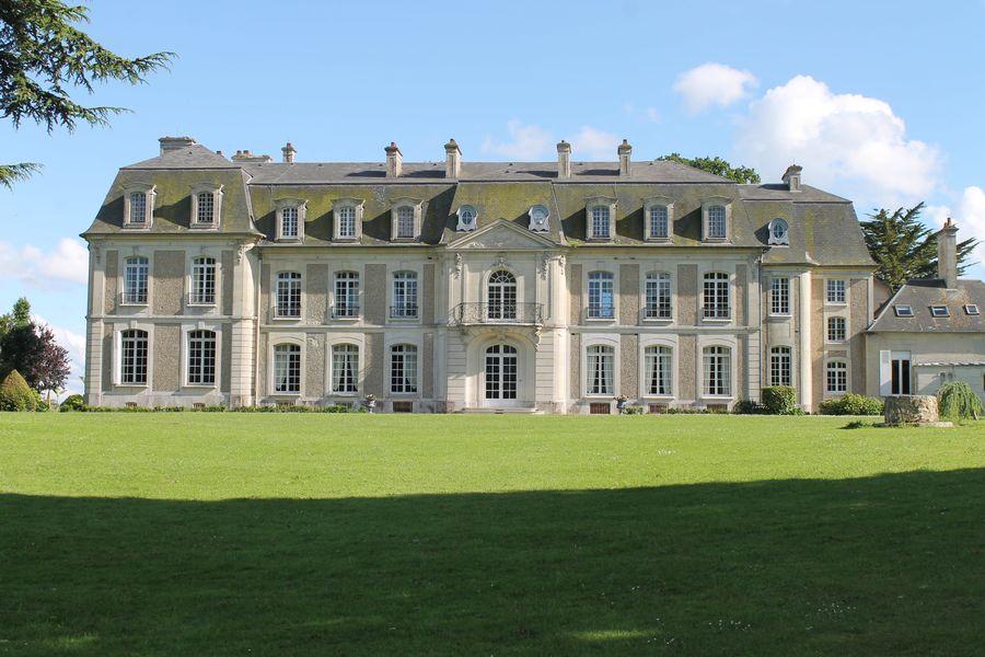 Chateau des Monts Vue parc