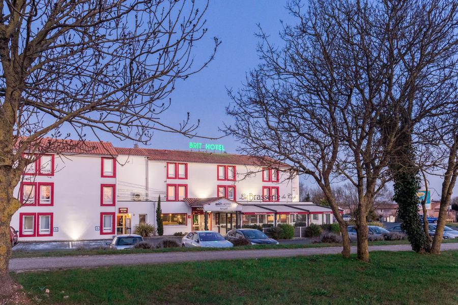 Brit Hotel  La Rochelle – La Brasserie du Cap *** Brit Hotel  La Rochelle – La Brasserie du Cap ***