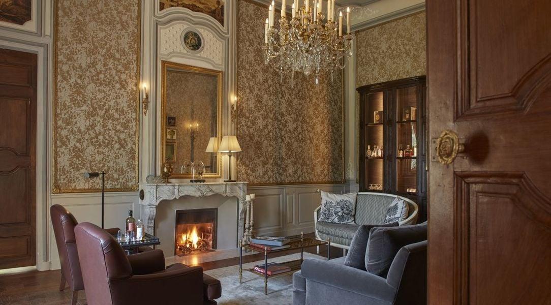 Château de Fonscolombe***** 1