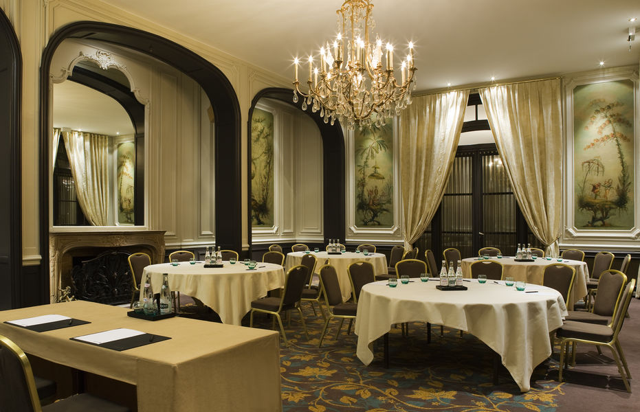 Paris Marriott Opera Ambassador Hôtel **** Salon Mogador Cabaret