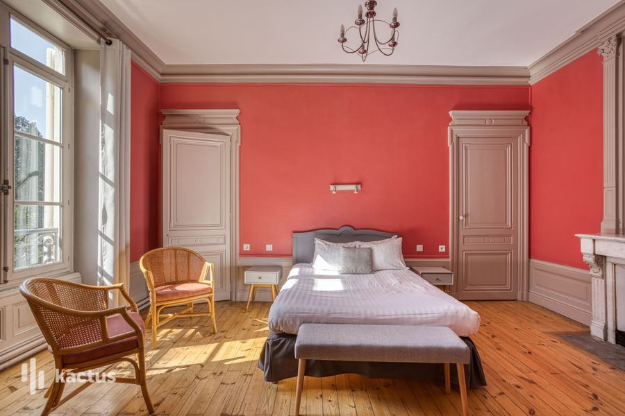Hôtel Valpré *** 28