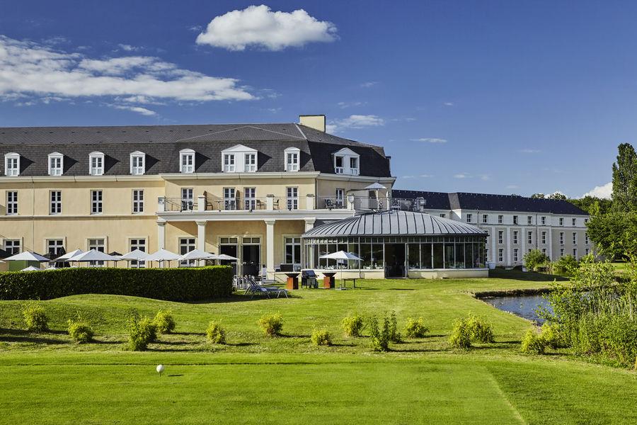 Mercure Chantilly Resort & Conventions  Hôtel Mercure Chantilly