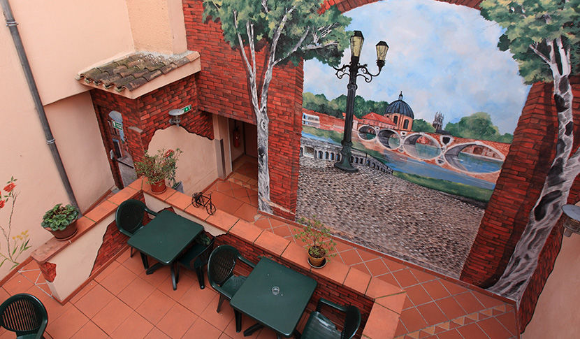 Hôtel Castellane 2* 12
