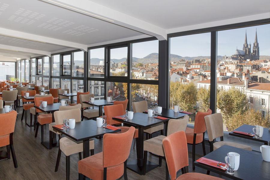 Best Western Plus Hotel Littéraire Alexandre Vialatte **** espace petit déjeuner