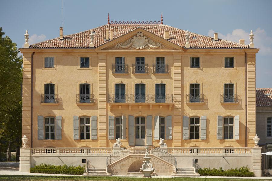 Château de Fonscolombe***** 19