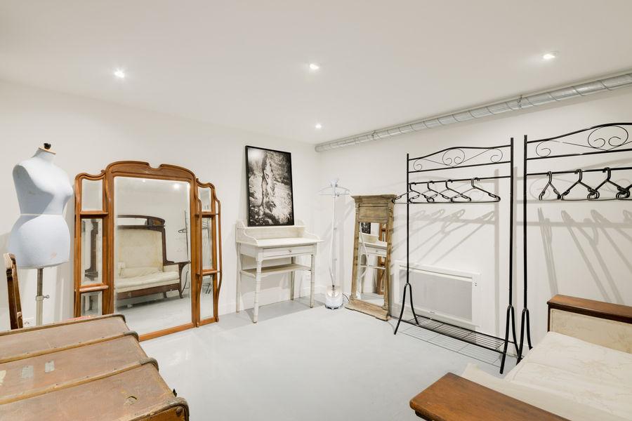 Atelier Fabrique Dressing-Room