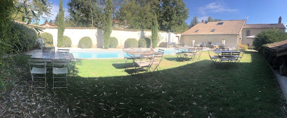 Hermitage de Moly Déjeuner en bord de piscine