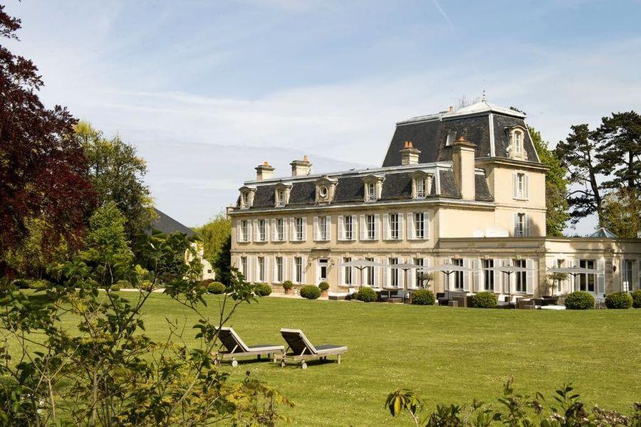 Château la Chenevière ***** 44