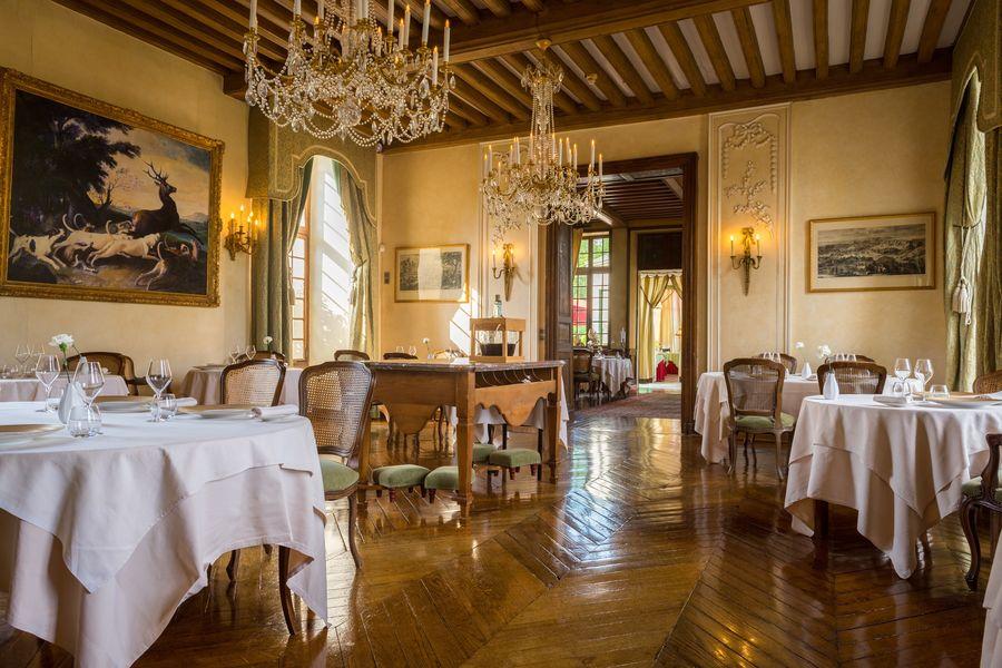 Château de Courcelles **** Salle de restaurant