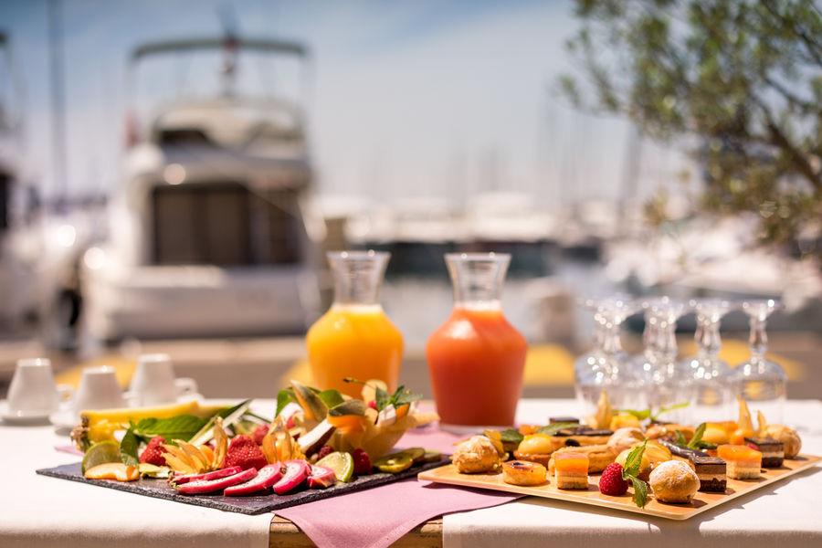 Best Western Hôtel La Marina **** Pause extérieure sur le port