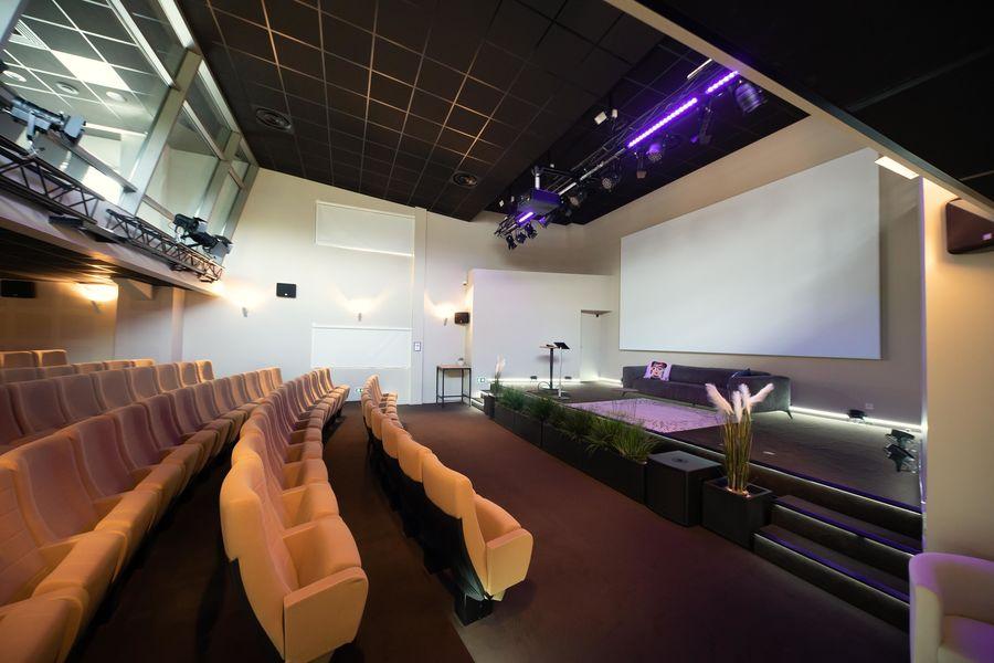 Turing 22 Auditorium