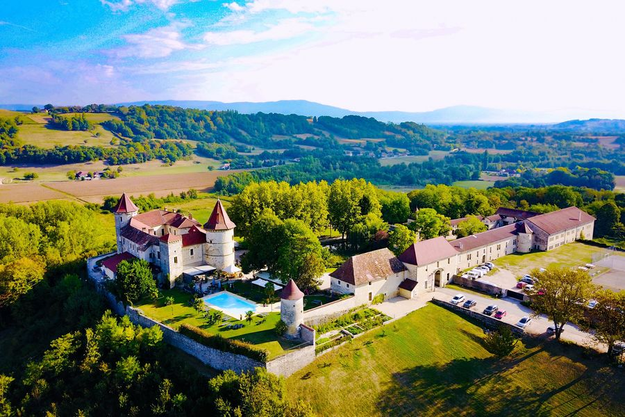Château du Chapeau Cornu  Château