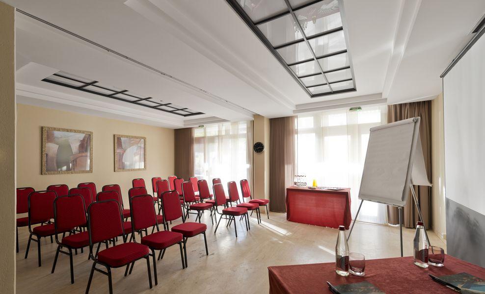 Clarion Suites Cannes Croisette **** 38