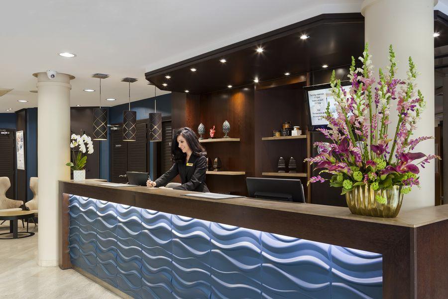 Clarion Suites Cannes Croisette **** Réception