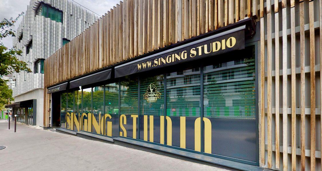 Singing Studio - Paris Façade