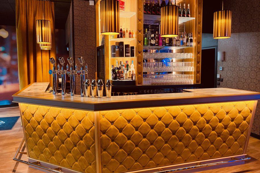 Singing Studio - Paris Bar