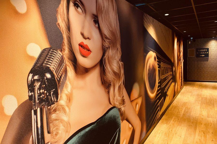 Singing Studio - Paris couloir