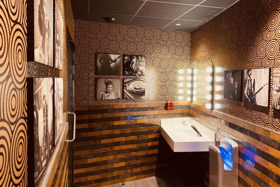 Singing Studio - Paris Cabinet d'aisance