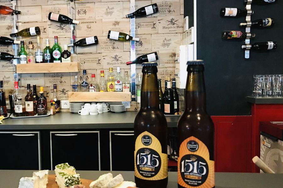 Hôtel Ibis Styles Blois Centre Gare Bar