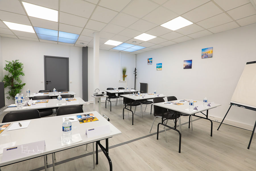 Néopole - Saint-Maur Salle 109