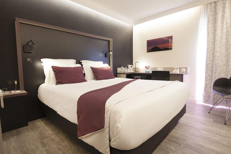 Quality Hotel Clermont Kennedy Chambre Standard Rénovée