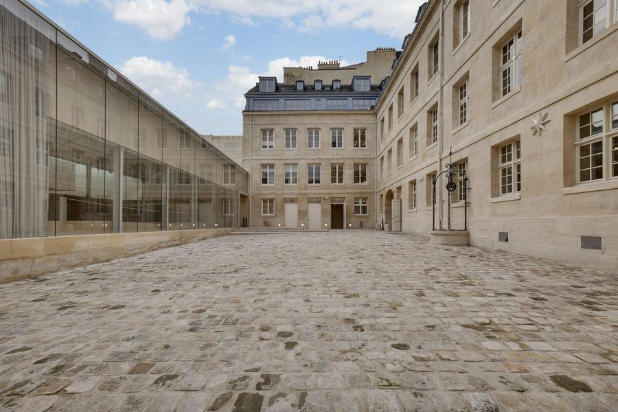 3 Mazarine Cour