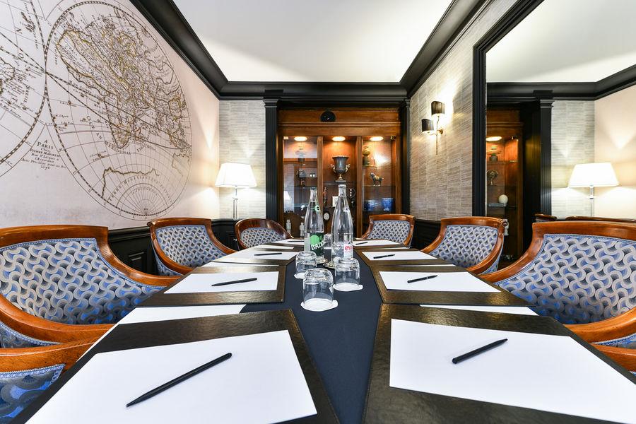 Maison Astor Paris Curio by Hilton Cabinet de Voyage