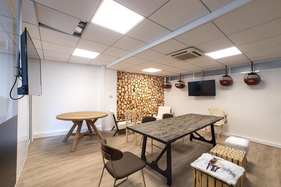 Cool & Workers - Neuilly sur Seine Salle de réunion 15 personnes - Chalêt