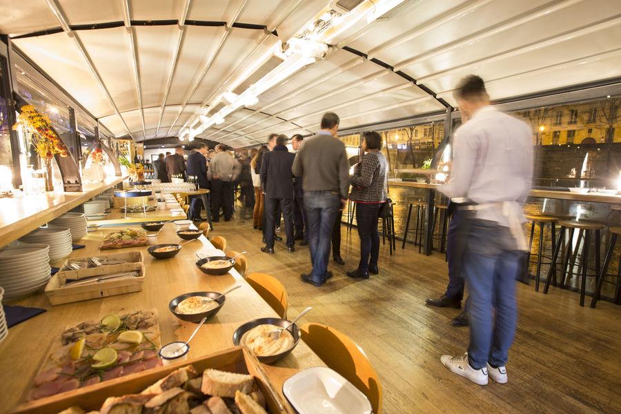 Les Maquereaux Pont supérieur format cocktail dinatoire capacité 120 personnes