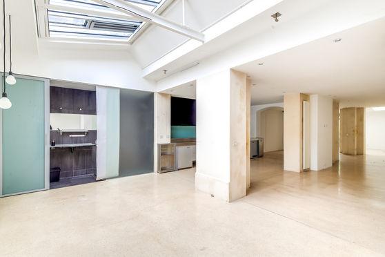 loft/showroom/verrière