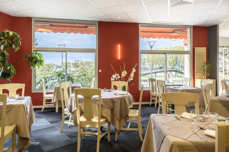 Ibis Styles  Dax Miradour  Restaurant