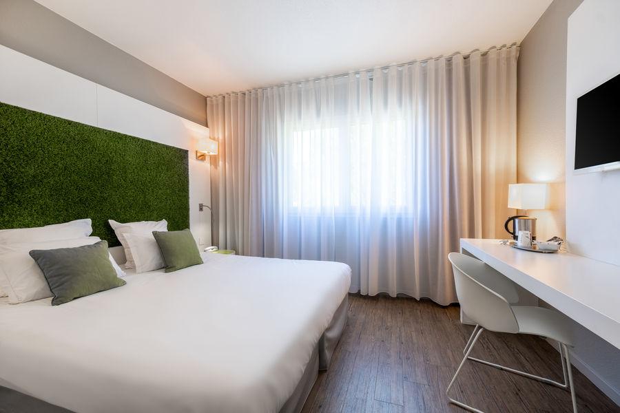 Quality Hôtel du Golf Montpellier Juvignac *** Chambre vue Golf