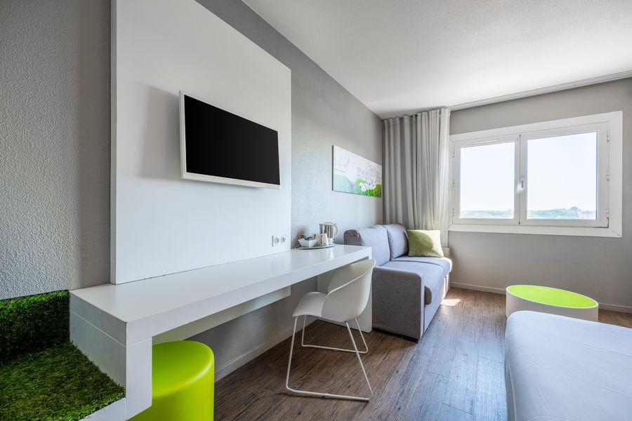 Quality Hôtel du Golf Montpellier Juvignac ***  Vue d'ensemble Chambre standard