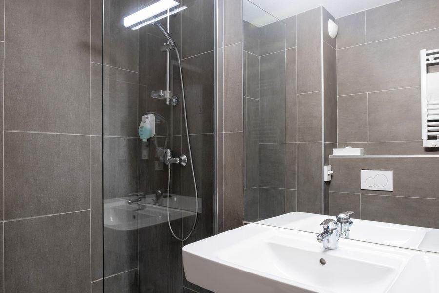 Quality Hôtel du Golf Montpellier Juvignac *** Salle de bain