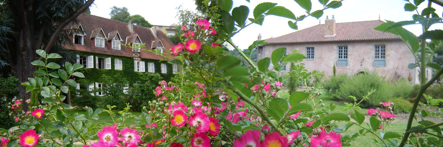 Le Poudrier Jardin - Maiosn Maître et Moulin