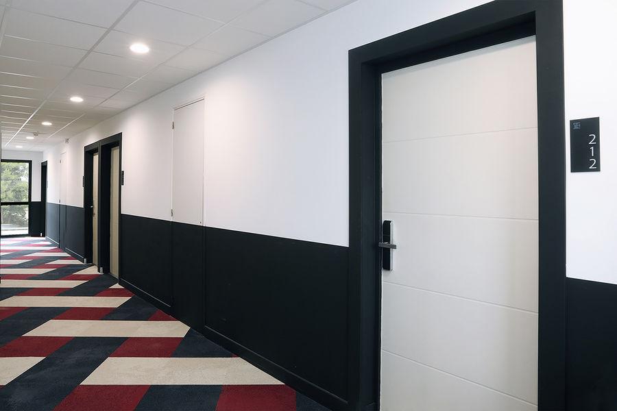 Hôtel Le Néliö  Couloir